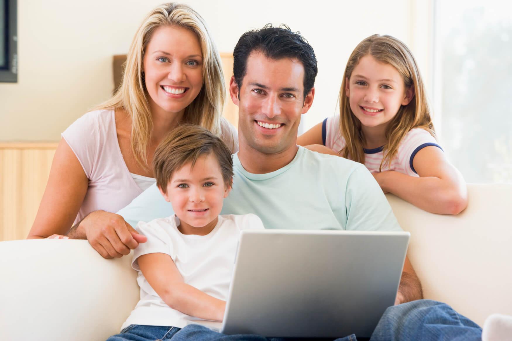 Familie-beim-relaxen